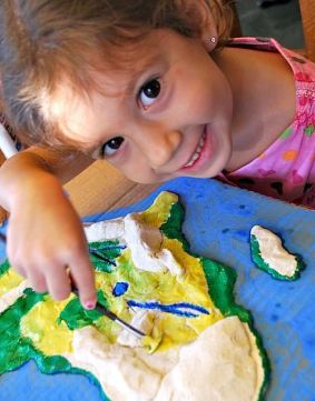 12912kids_painting_3d_salt_dough_maps